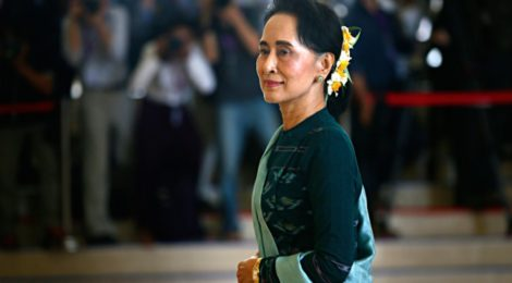 Aung San Suu Kyi, Birmania, Costituzione