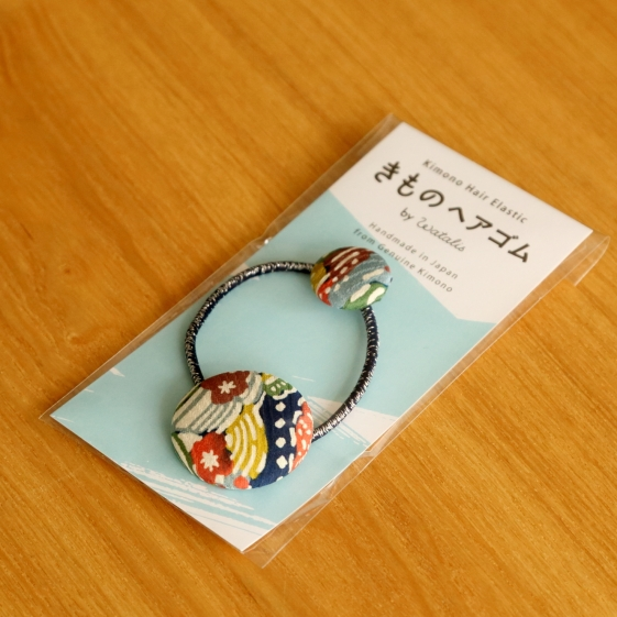 watalis-hairband-kimono-blue-detail-packaging